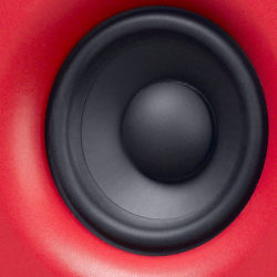 "4"" woofer with a magnetically shielded polypropylene/ceramic membrane"
